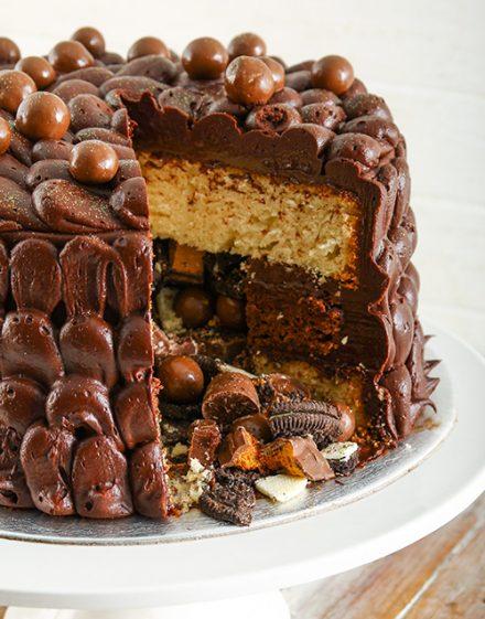 Personalised Chocolaty Chocolate Pinata Cake