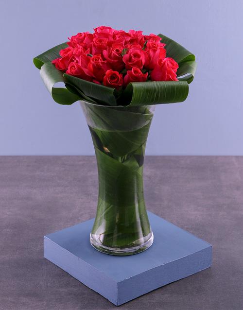 Sweet Cerise Roses In Flair Vase