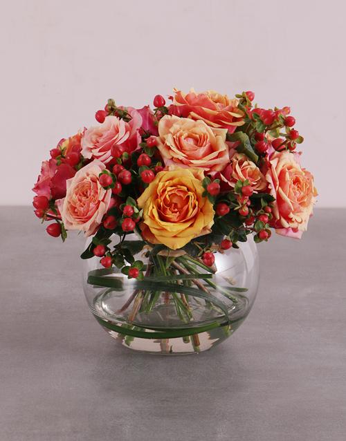 Sweet Cherry Brandy Roses In Vase