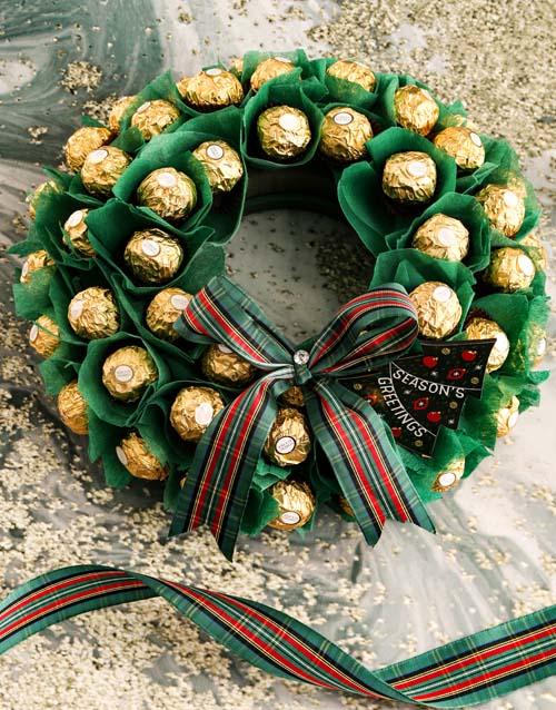 Wondrous Festive Wreath