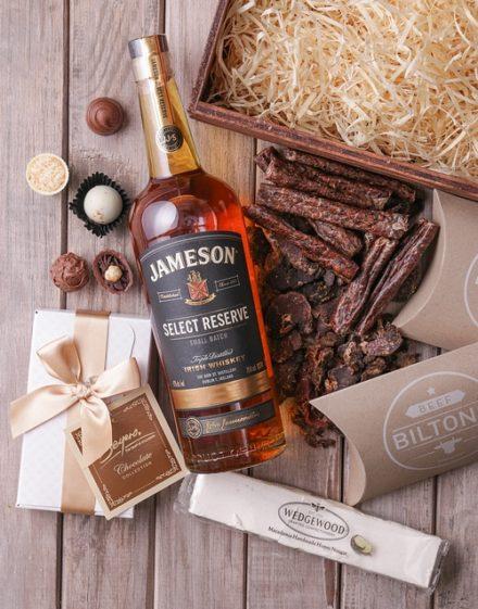 Jameson Select Reserve Gourmet Festive Crate