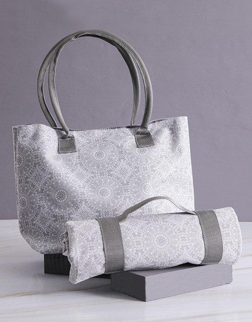 Grey Damask Bag With Mat