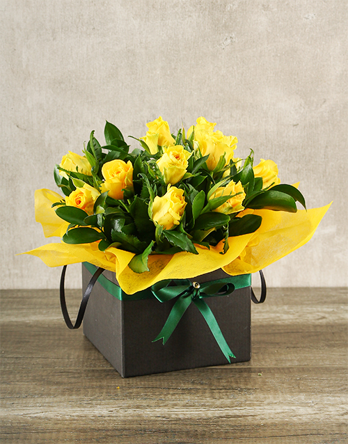 flowers Yellow Roses in Boxed Handbag