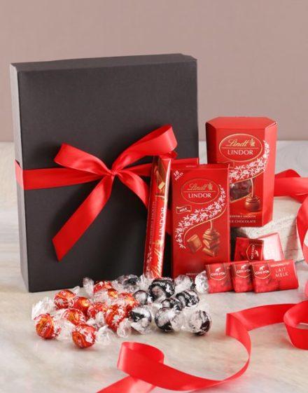 mothers-day Ravishing Red And Black Chocolate Box