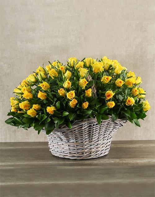 roses Bountiful Yellow Rose Basket