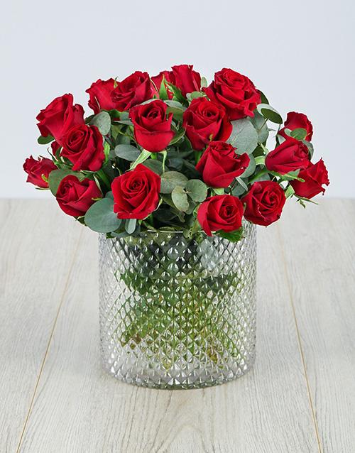 roses Red Roses in Diamond Vase
