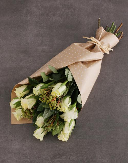 roses Charming Cream Rose Bouquet
