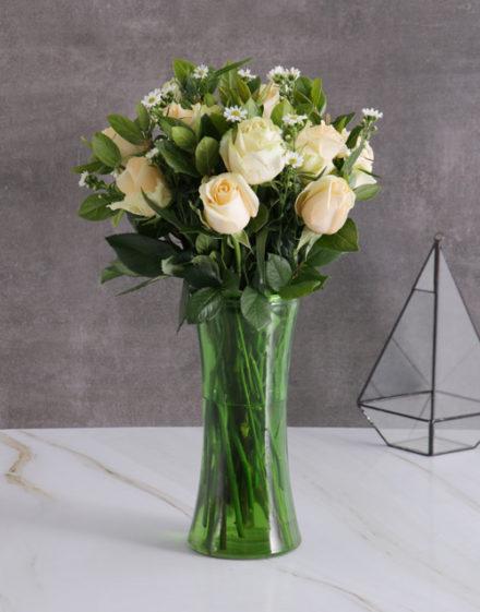 roses Enchanting Cream Roses In Green Vase