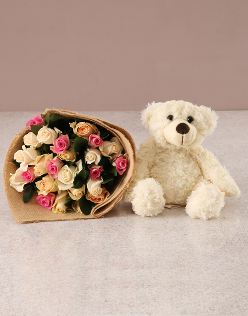 roses Delicate Pastel Blooms with Teddy